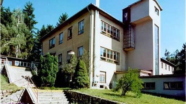 Sanatorium na Buchtově kopci u Daňkovic na Novoměstsku už nefunguje.