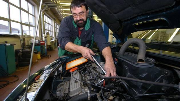 V kraji Vysočina mají řidiči k dispozici 1439 evidovaných opraven.
