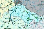 Stav vody v povodí Vltavy v úterý 30 června. Světle zelené tečky znamenají 1. povodňový stupeň. Tmavě zelené znamenají normální stav.