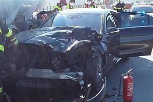 Nehoda komplikuje dopravu na D1.