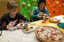 """Velikonoční výstava """"Letos paní Vesnu probudíme ze snu"""" ve Velkém Meziříčí."""