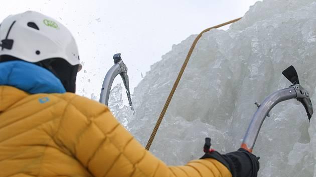 Vírskou stěnu zaplní lezci, školit se budou i amatéři