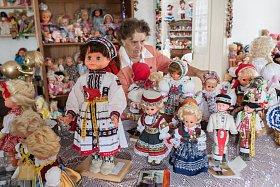 V unikátním muzeu dostaly druhou šanci panenky z celého světa