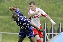 Kapitán bystřických fotbalistů Oldřich Veselý se po deseti letech krajského přeboru dočkal divize. Přitom už se chtěl pozvolna přesunout do B-týmu.