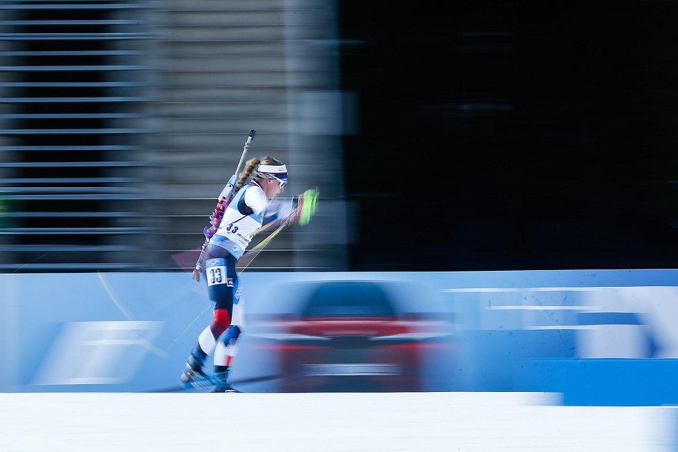 Markéta Davidová v závodu Světového poháru v biatlonu v závodu sprintu žen na 7,5 km.