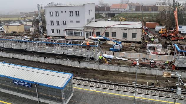 Opravy nádraží na Žďársku: začnou v Meziříčí a dokončí Sklené nad Oslavou