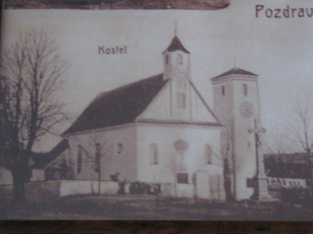 Kostel svatého Bartoloměje v Radostíně nad Oslavou. Rok neznámý.