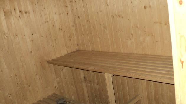 Novou saunu ještě Svratečtí nestihli ze všech stran nafotit, nejlepší prý bude, když se zájemci přijdou v únoru sami přesvědčit, jak její přestavba dopadla.