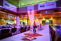23. ples PKS se konal v sobotu 22. února ve žďárském Domě kultury. Potěšil tisícovku milovníků výborné zábavy, kvalitního jídla a pití.