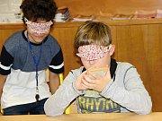 Děti se seznámily jak různými typy zdravotních handicapů, tak i způsoby, jak se s nimi postižení lidé vyrovnávají.