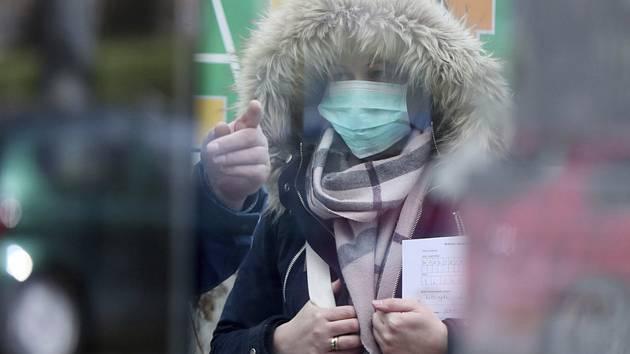 Koronavir na Vysočině útočí dál, hygienici právě počítají další nakažené