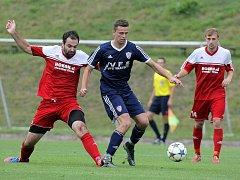 Minimálně jednu sezonu nebude k vidění derby mezi Vrchovinou (v modrém) a Bystřicí (v červeném). Druhý jmenovaný tým čekají od srpna utkání v krajském přeboru.