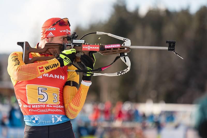 Arnd Peiffer v závodu Světového poháru v biatlonu - štafeta 4 x 7,5 km mužů.