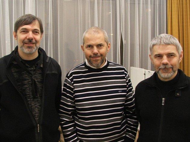 bratři Ebenové, zleva David, Marek a Kryštof