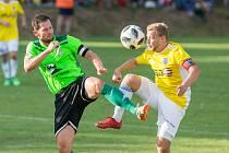 Skutečným lídrem je pro fotbalisty Nového Města na Moravě kapitán Lukáš Michal (v zeleném dresu).