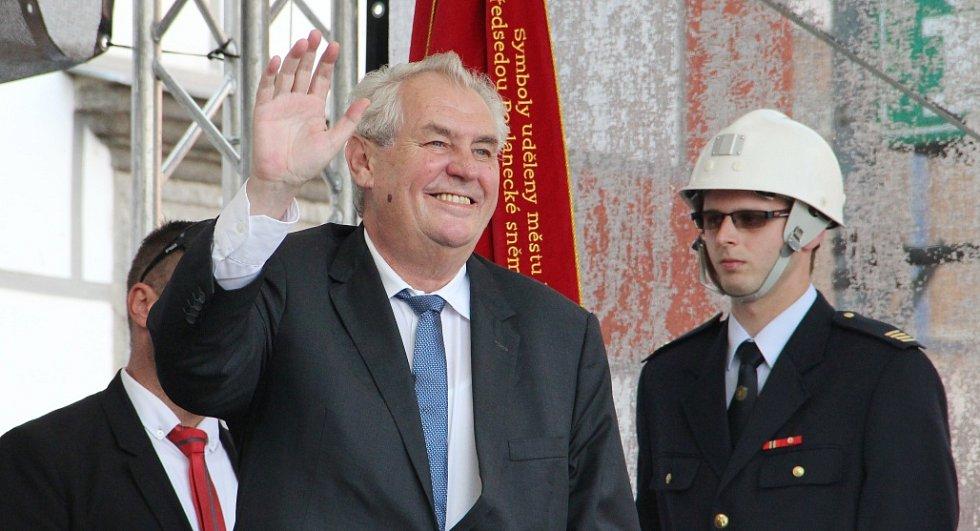 Prezident Miloš Zeman ve Velkém Meziříčí 30. června 2016.