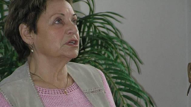 Erika Bezdíčková vypravovala o holocaustu také dětem v Základní škole Osová Bítýška.