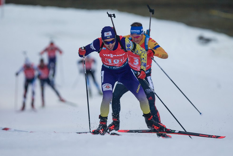 Závod SP v biatlonu (štafeta mužů 4 x 7,5 km) v Novém Městě na Moravě. Na snímku: Artem Pryma.