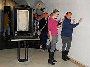 Historii a umění žďárského kláštera i Muzeum nové generace v sobotu zájemci obdivovali bez použití zraku. Zapojit museli ostatní smysly.
