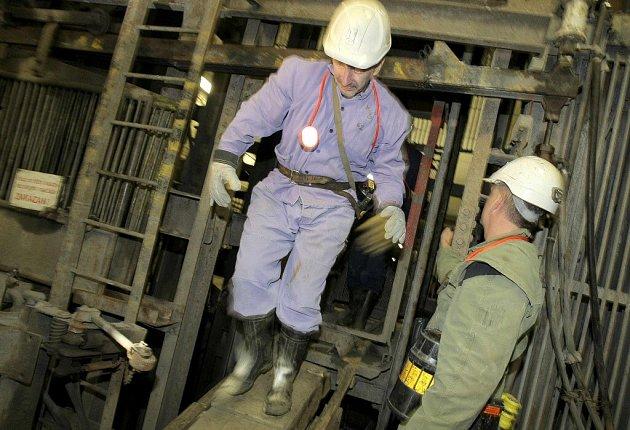 V uranovém dole Rožná na Žďársku byl pozastaven geologický průzkum pro ražbu obřího zásobníku zemního plynu.