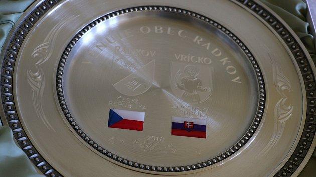 V Radkově byl zasazen strom symbolizující česko-slovenské přátelství