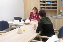 Pacienti s Alzheimerovou chorobou a jejich blízcí mohou nově využívat bezplatné poradenství Alzheimer poradny v Senior Pointu ve Žďáře nad Sázavou.