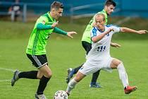 Po přátelském souboji s divizní Bystřicí čeká na fotbalisty Nového Města na Moravě (v zelených dresech) další okresní derby. Ve středu doma vyzvou Velké Meziříčí.