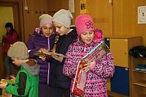 Ve žďárské knihovně se koná řada akcí pro malé i velké čtenáře, kromě tradiční Josefské noci například i oblíbená Noc s Andersenem, kdy děti v knihovně nocují.