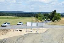 Vybudováním první části obchvatu Žďáru se změní přednost v jízdě na křižovatce u Mělkovic (na snímku) a ve žďárské průmyslové zóně.