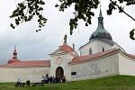 Dva zvony budou umístěny ve věžičkách ambitu, největší v kostelní věži.