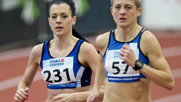 Kristiina Mäki (vepředu) se s Lenkou Masnou stávají běžeckými esy české atletické reprezentace.