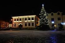 V internetové anketě čtenářů Deníku zvitězil vánoční strom ze Žďáru nad Sázavou.