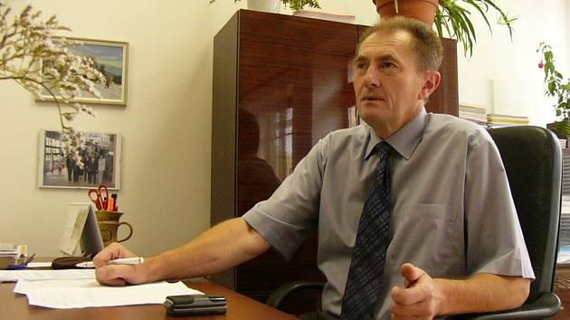 Senátor Josef Novotný upozornil na zneužívání dotací z ministrestva pro místní rozvoj.