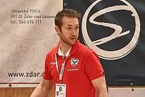 Druhou sezonu na lavičce extraligových házenkářů Sokola Nové Veselí o víkendu zahájí slovenský trenér Peter Kostka.