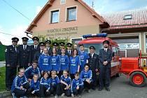 Sbor dobrovolných hasičů v Pavlínově má celkem padesát tři členů. Nechybí mezi nimi ženy ani děti a mládež, kteří se mimo jiné podílí také na organizaci kulturního dění v obci.