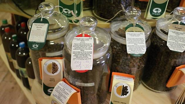 Jak uskladňovat kávu? Prý nejlépe v ledničce