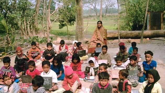 Vzdělání je pro děti z Bangladéše často jedinou šancí, jak získat práci a vyhnout se bídě.