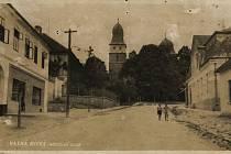 Kostelní ulice ve Velké Bíteši.