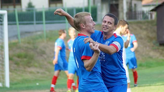 Novým trenérem Radešínské Svratky je její dlouholetý kapitán Martin Mužátko (vpravo).