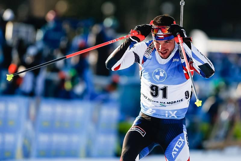 Michal Krčmář v závodu Světového poháru v biatlonu v závodu sprintu mužů na 10 km.