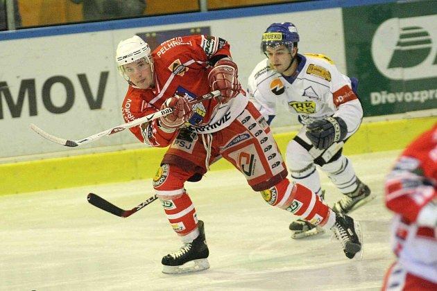 Hokejisté Velkého Meziříčí si ve čtvrtečním zápase proti Technice Brno zastříleli. Svou první výhru v přípravě okořenili pěti góly.