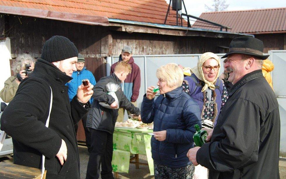 Pikárecké ostatky. Foto: Miloslav Broža, Vařejka, Kodras, Kocian, Cimbálník