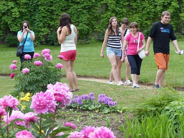 Zahrady žďárského zámku se otevřely veřejnosti pošesté.