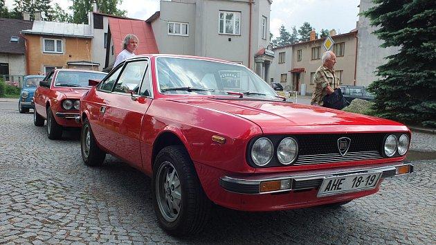 Do Svratky se sjely desítky italských aut