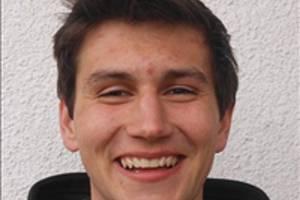 Hvězdou desátého kola okresního přeboru Žďárska se stal útočník Bobrové Michal Hájek. Konto béčka Nové Vsi totiž v neděli zatížil třemi přesnými zásahy.