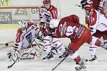 Hokejisté Žďáru nad Sázavou vyhráli i třetí souboj s Pelhřimovem.