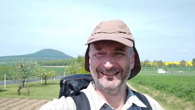 Ředitel hospicu Petr Hladík vykonal pouť na bájnou horu Říp.