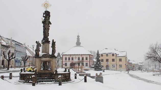 Předvelikonoční náměstí ve Žďáře nad Sázavou 2. dubna 2015.