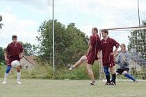 Radňovický turnaj se povedl. V 9. ročníku O pohár starosty se v sobotu představilo patnáct týmů ve třech skupinách.