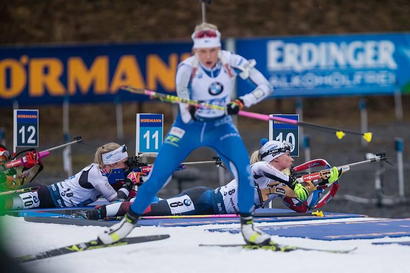 Závod SP v biatlonu (štafeta ženy 4 x 6 km) v Novém Městě na Moravě.